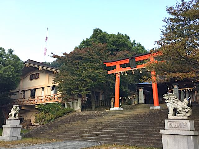 福井足羽山藤島神社