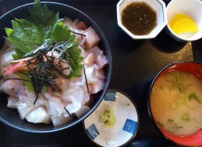 【小浜市】1000円以下でこのボリューム!?「かねまつ」の海鮮丼が絶品すぎ!