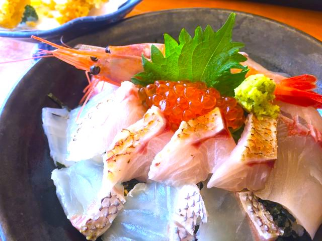 福井食処越前魚介海鮮丼越前がにの画像