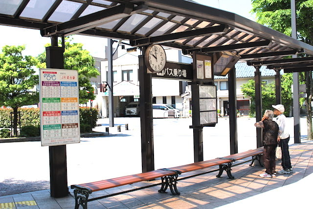 武生駅池田春夏秋遊バスの画像