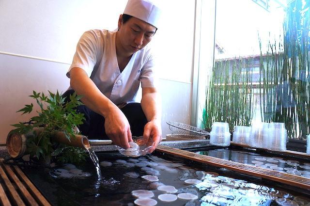福井小浜グルメ和菓子手土産伊勢屋くずまんじゅうの画像