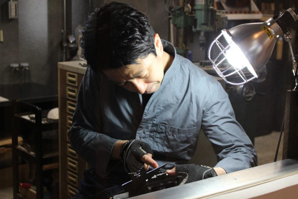 伝統工芸品・越前箪笥の「小柳箪笥」歴史を重んじながら新たなプロダクトの提案も【越前市】