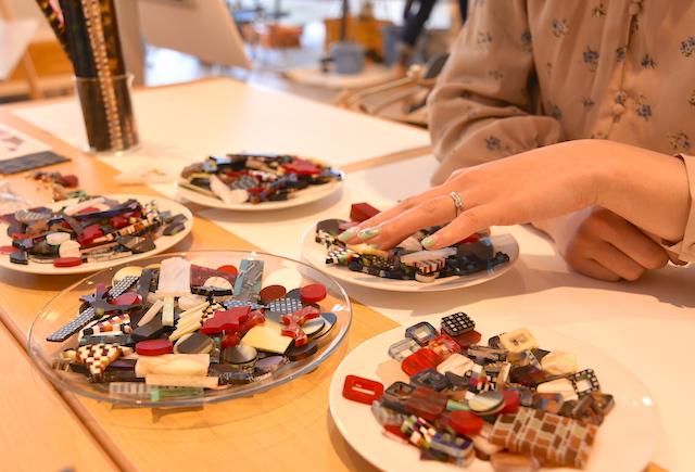 MGNTのアセテートアクセサリーワークショップで世界に一つだけのイヤリングを作りました!